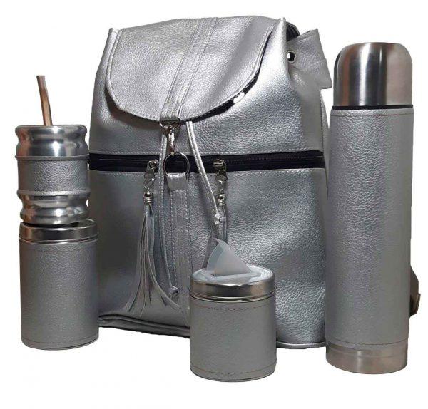 Set matero con mochila de eco-cuero plateado