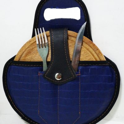 Set de asado color croco azul con cubiertos