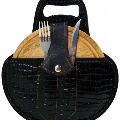 Set de asado color croco negro con cubiertos