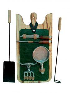 Set de asado atizador con estuche verde