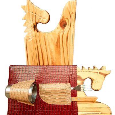 Set de asado tabla caballo con estuche bordo